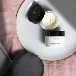 Natural Night Cream Product Image